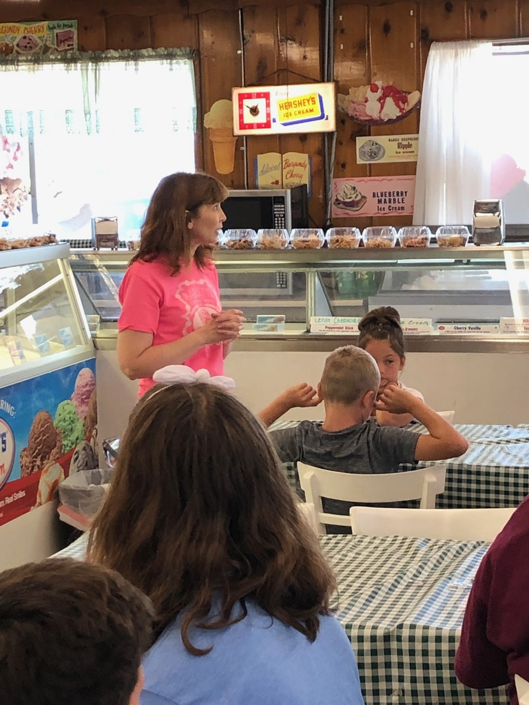Mrs. Nichol and students at Luv Mooe Ice Cream