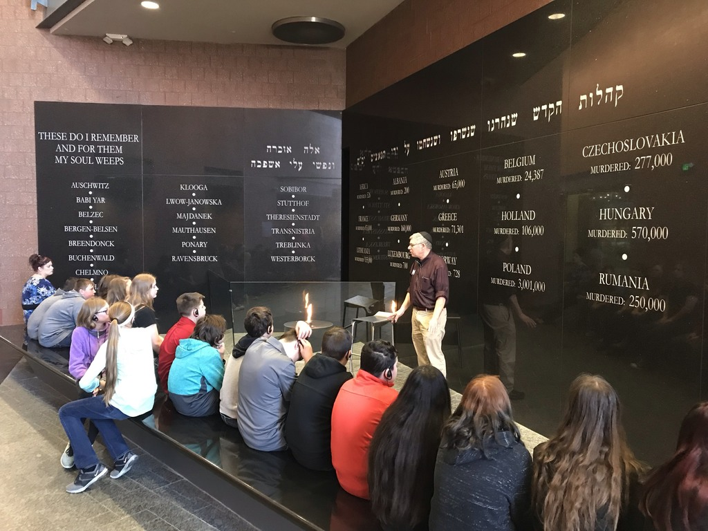 7th Grade students at the Holocaust Museum